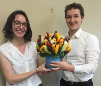 LWI Jon and Ellen w their edible arrangement 2